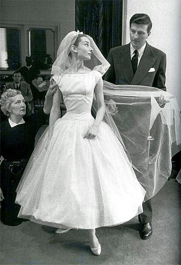 Сабрина платье одри хепберн